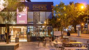 Aussenansicht Beleuchtung des Kinos Cinewil in Wil, SG